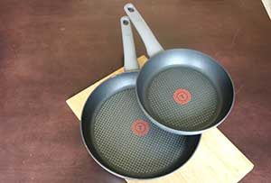 "Picture of 9"" and 12"" non-stick pans"